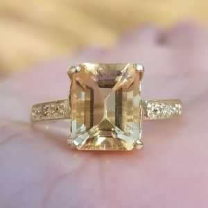 10k Solid Yellow Gold Citrine Ring
